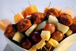 Käse-/Obstspieße.